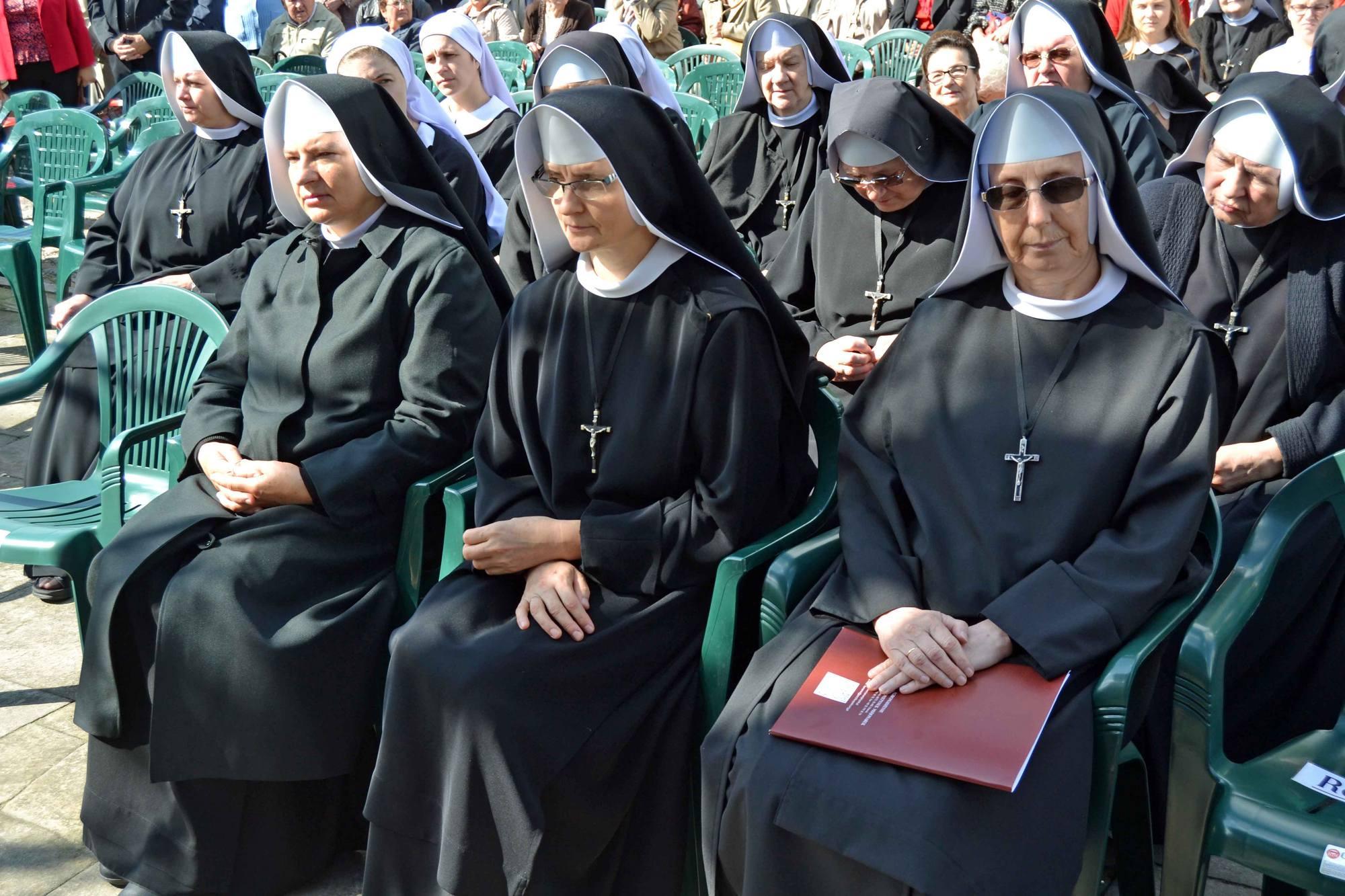 Chelm_2017-Siostry Benedyktynki Misjonarki na Górze Chełmskiej pierwsza z prawej Matka Generalna S. Jadwiga